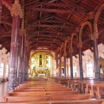 32 Kircheninneres