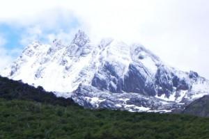18 frisch verschneite Berge