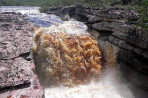 Colabraune Flüsse