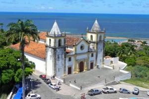 Kirchen auf jedem Hügel