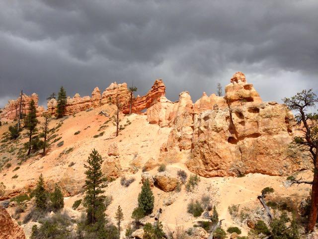 unterhalb des Bryce-Canyons
