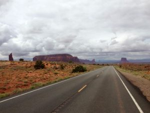 Strasse zum Monument Valley