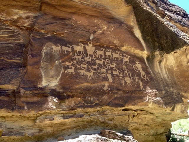 Hunters Panel Petroglyphen